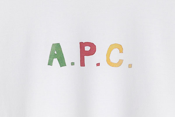 APC(アーペーセー)のデニム!プチスタンダードとニュースタンダードの色落ちは!?穿き込みレポートを紹介